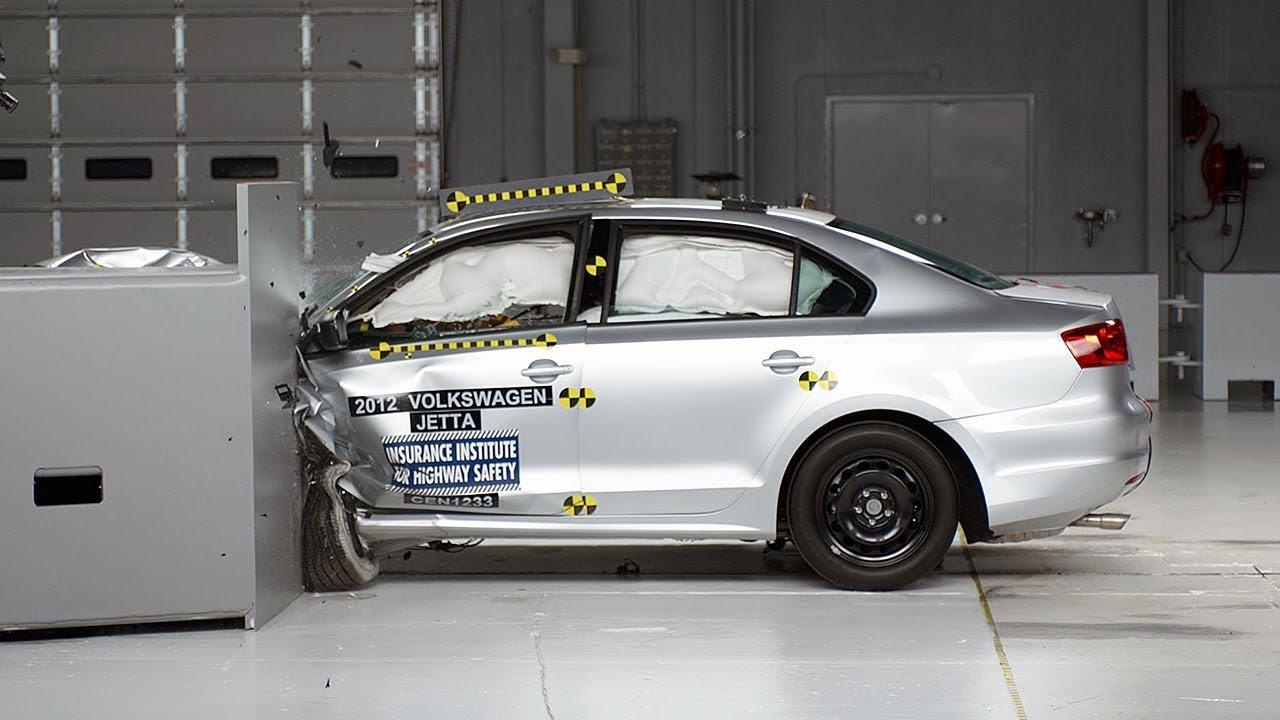 2017 Volkswagen Jetta Sedan Driver Side Small Overlap Iihs Crash Test