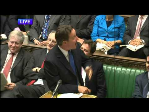 Andy Burnham Embarrassed at PMQ's - Labour Gaffe [HD]