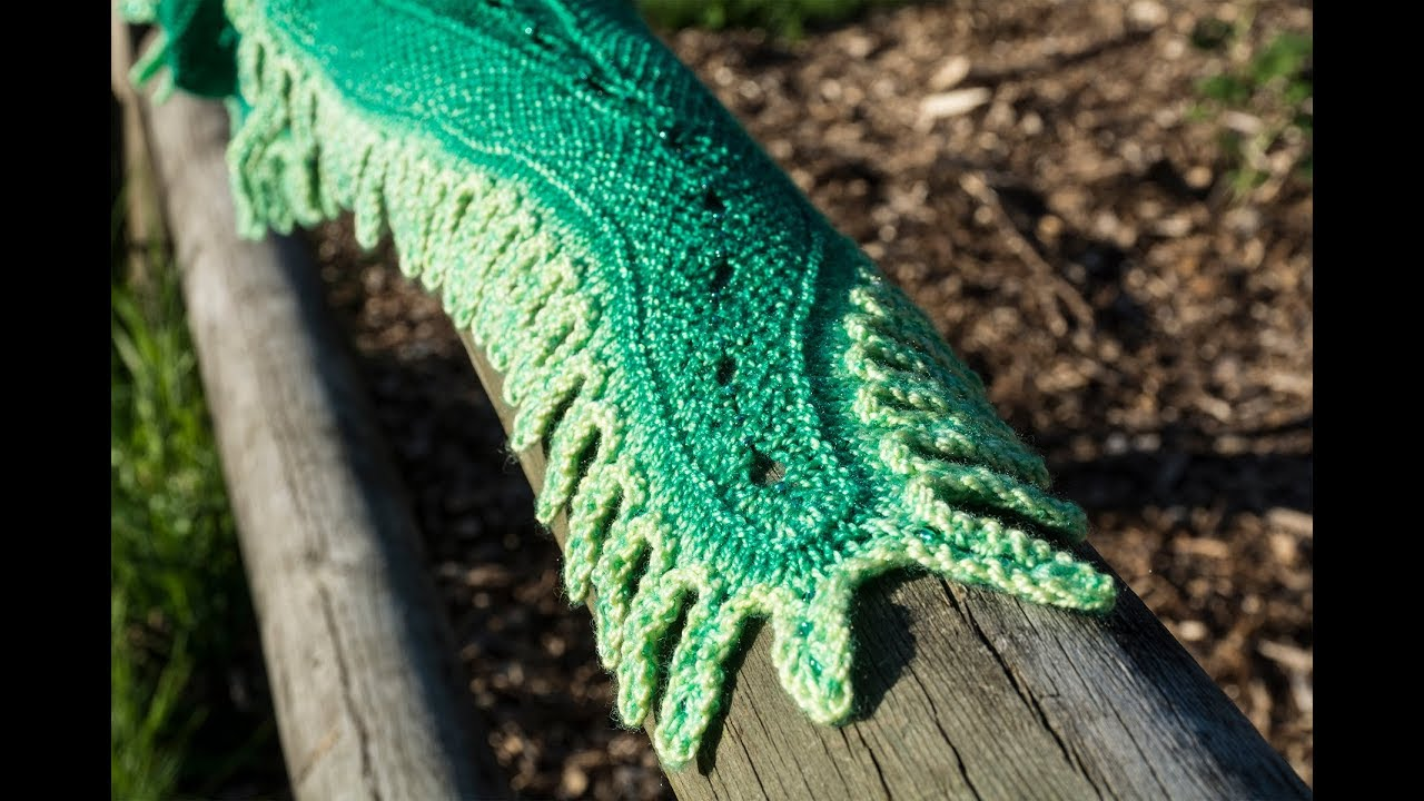Alligator Scarf - Working the Border - YouTube
