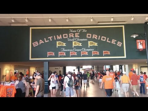 Game-day tour of Camden Yards (Baltimore Orioles - Major League Baseball) in Baltimore, Maryland
