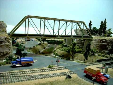 RI Freight over Micro Vermillion and through Green Town