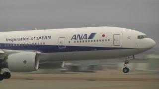 小松空港で撮影したANA Boeing 777-281/ER JA744A 新展望デッキになった...