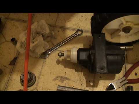 What is the spark plug number for a toro model 521 snow blower? I.