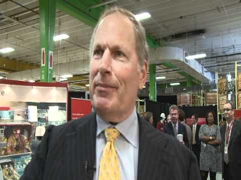 Honeywell CEO: Debt Biggest Drag on Jobs, Obama