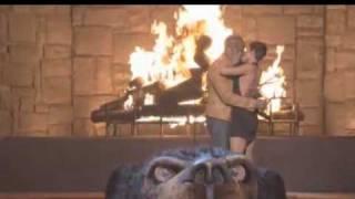 Halle Berry & Jamie Foxx big kiss dam the real video