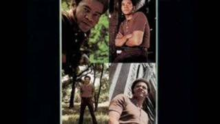 Watch Bill Withers Use Me video