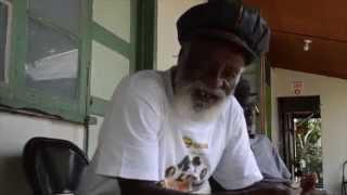 El Ensayo de Los Abyssinians en El Museo/La Ex-Casa de Bob Marley en Trench Town Culture Yard