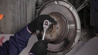 Hvordan bytte Bakre bremseklosser, Bakre bremseskiver på BMW 7 E65 [Bruksanvisning]