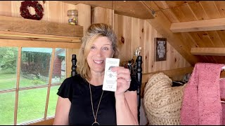NEW The Autumn Acorn Knits Podcast and Full Log Cabin Tour