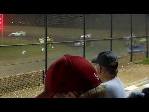 Modified Heat 2 Round 2 @ Marshalltown Speedway 09/15/17