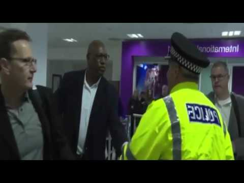 Scots Police Teach US Cops How To Avoid Gun Use