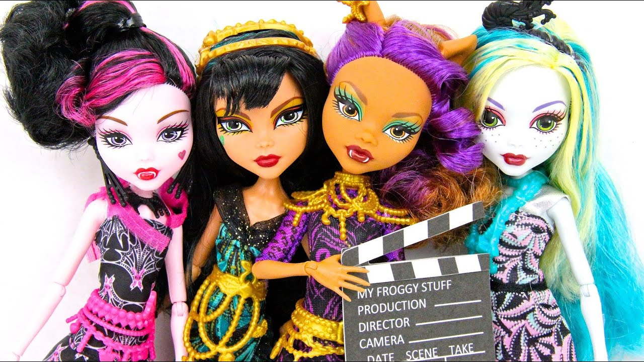 Doll Review Monster High Frights Camera Action Plus