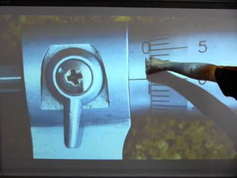 Read a metric micrometer