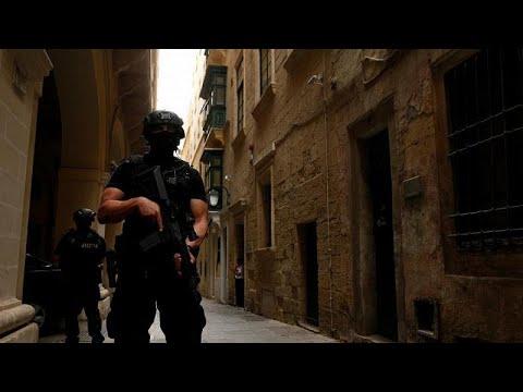 أوروبا في مواجهة الخطر الإرهابي..لا حلول  جذرية في الأفق…  - نشر قبل 36 دقيقة