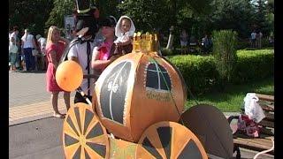придумай, сделай, прикати! В Ельце прошел третий «Парад колясок, самокатов и велосипедов»
