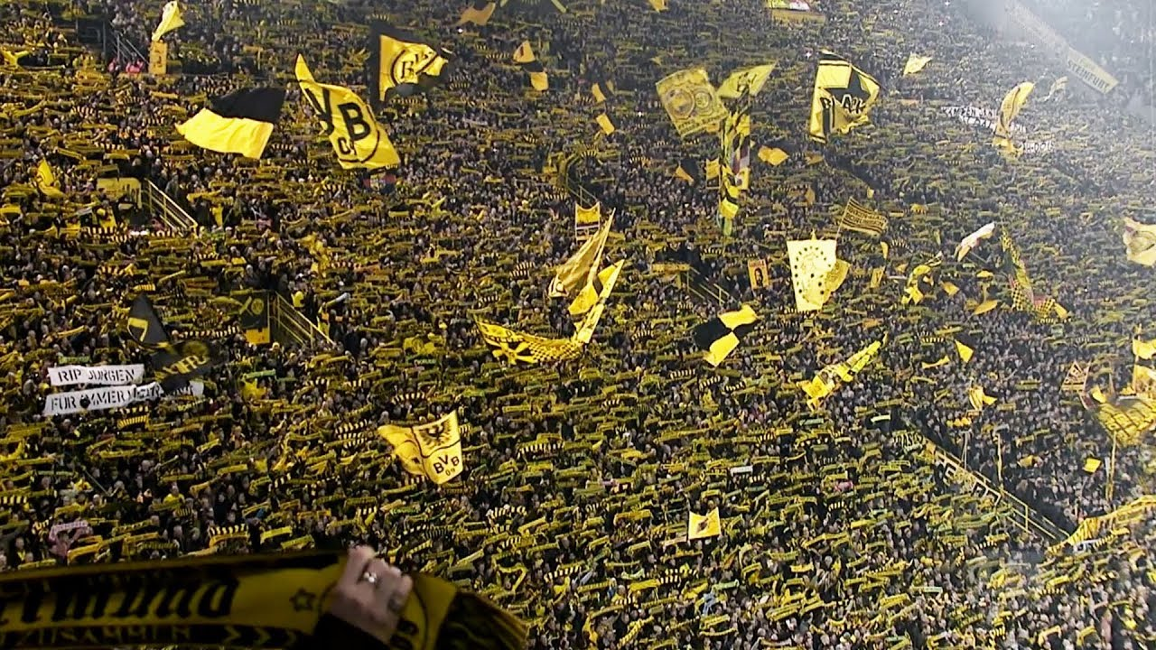 Football Unplugged - Inside Borussia Dortmund
