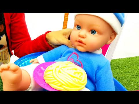 NENUCO , E ORA DELLA PAPPA - Gelato , Come mamma , giochi con le bambole , la cucina di mamma