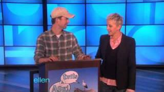 You Tweet, Ellen Answers!