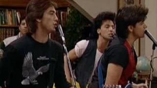 Full House Music - (You Make Me Wanna) Shout! Mp3