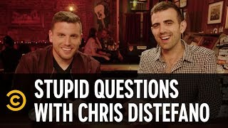 Sam Morril Almost Got Beat Up by a Heckler - Stupid Questions with Chris Distefano