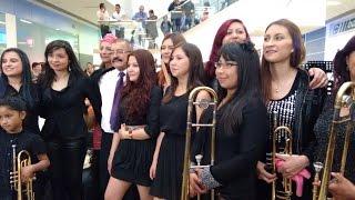 """Big band femenina en Unicentro Pasto,""""Para los Rumberos"""", de Tito Puente"""