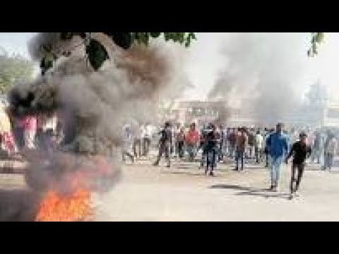 Padmaavat protests in Gujarat turn violent, police fire in air