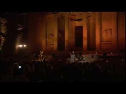 Luciano Pavarotti - Individual tributes to the tenor