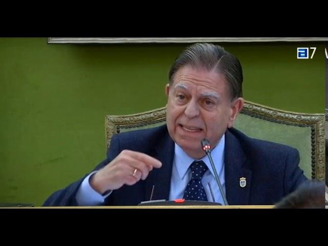 Canteli admite que pagó los gastos de viaje con su mujer con dinero del Ayuntamiento