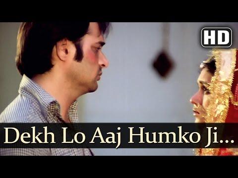 Dekh Lo Aaj Humko Ji Bhar Ke - Farooq Sheikh - Supriya Pathak - Bazaar Songs - Khayyam - Sad Ghazal