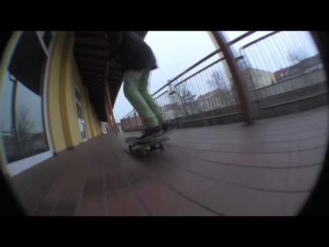 Yves Ertel -  Auch im Winter kann man skaten!