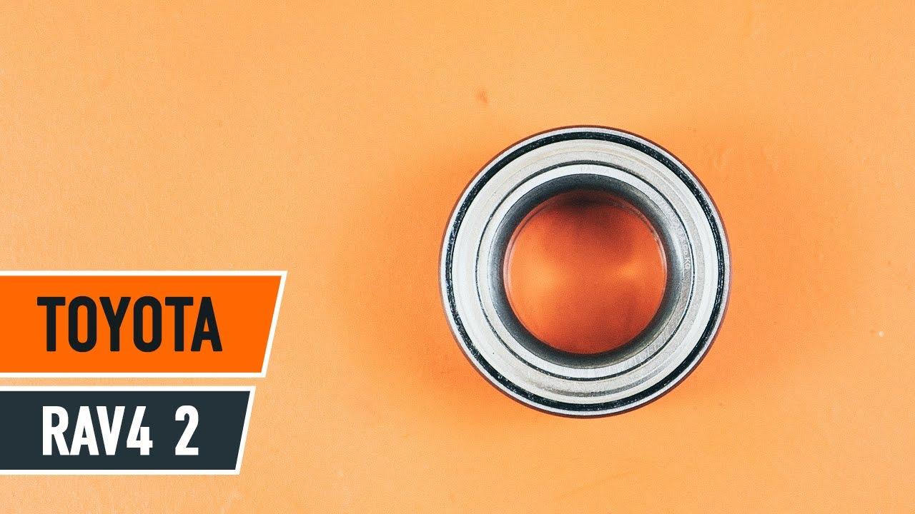 Cómo cambiar los cojinetes de las ruedas delanteras en TOYOTA RAV4 [INSTRUCCIÓN]