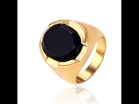 Мужской перстень печатка медицинское золото с черним цирконием