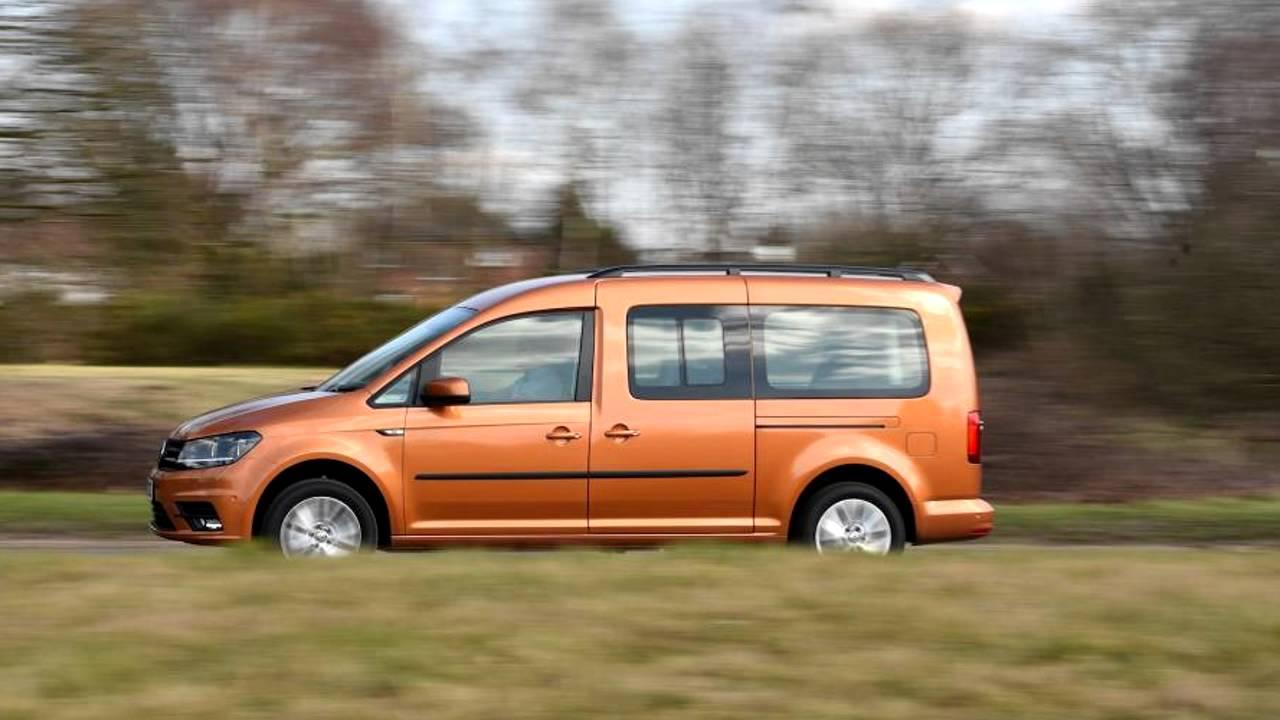 2016 volkswagen caddy 1 4 tsi caddy maxi life youtube. Black Bedroom Furniture Sets. Home Design Ideas