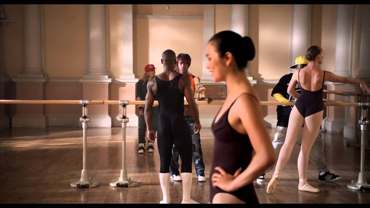 Bailarina de ballet es manoseada por dos desconocidos para verla completa haz clic aqui httpmitlyus5ylb - 3 5