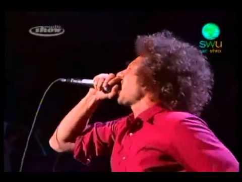 Rage Against The Machine - Bombtrack (Live SWU,Brazil 09/10/2010)