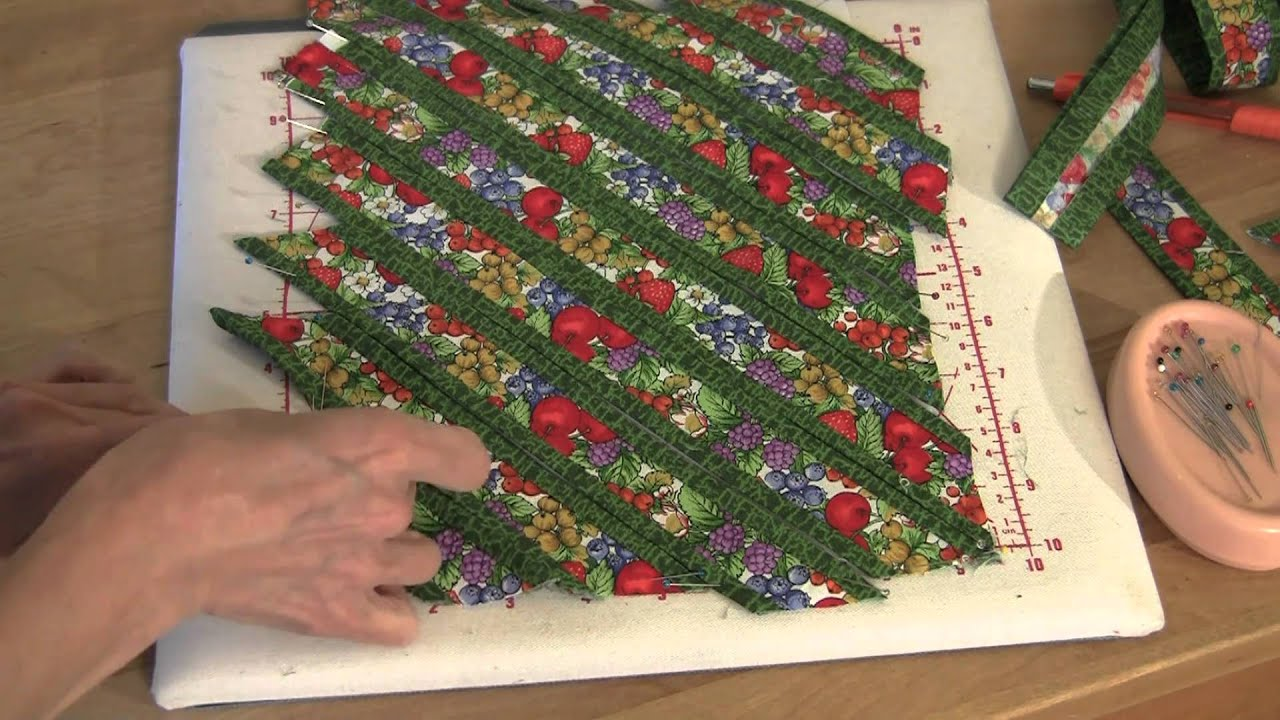 Fons & Porter: Sew Easy, Weaving Fun - YouTube : weave quilt pattern - Adamdwight.com
