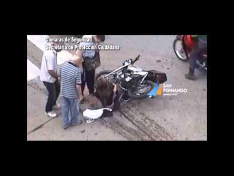 Accidente Tránsito Auto - Moto San Fernando