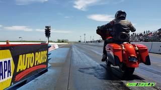 FAST! Harley Baggers Drag Racing