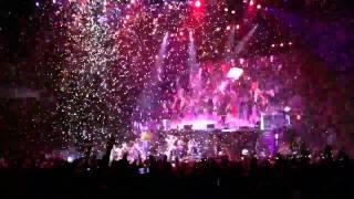 So Much Confetti!!!