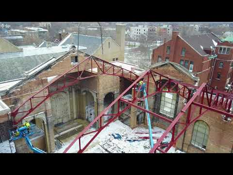 Truss 5 being Installed at the Shrine of Christ the King, Chicago