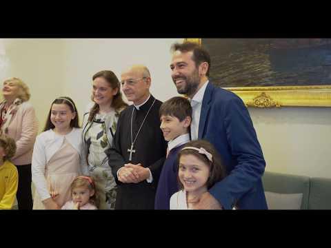 Mons. Ocáriz in visita a Napoli