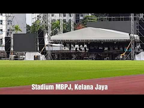Stadium MBPJ Kelana Jaya and Parking Availability