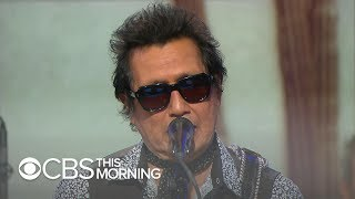 "Saturday Sessions: Alejandro Escovedo performs ""Something Blue"""
