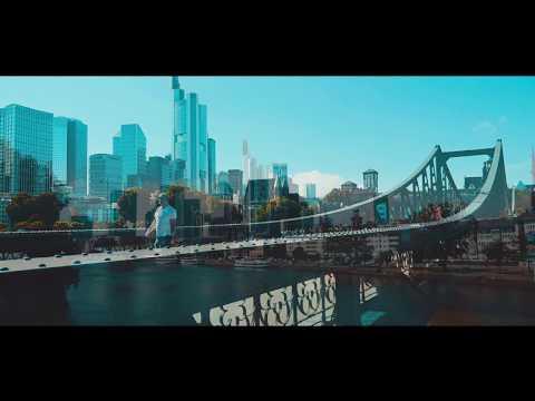 Frankfurt City Skyline Skyscraper travel Tourismus in Filmlook