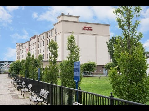 hampton inn suites newark harrison riverwalk harrison. Black Bedroom Furniture Sets. Home Design Ideas