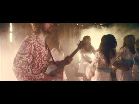 The Polyphonic Spree : Hold Yourself Up (OFFICIAL)