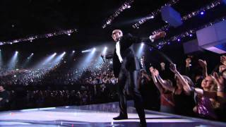 Pitbull ft. Ne-Yo - Give Me Everything (Live On BMA 2011) (720p).avi