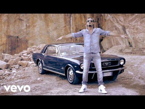 Gemelli Diversi - La Fiamma (Video Ufficiale)