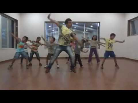 HR'S Dance School - Daman batch - small kids - {sorry sorry}