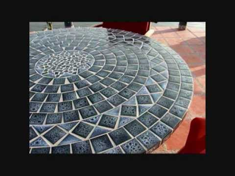 Tables en mosa que et mobilier en fer forg pour un t 2018 inoubliable youtube for Comment realiser une table de jardin en mosaique